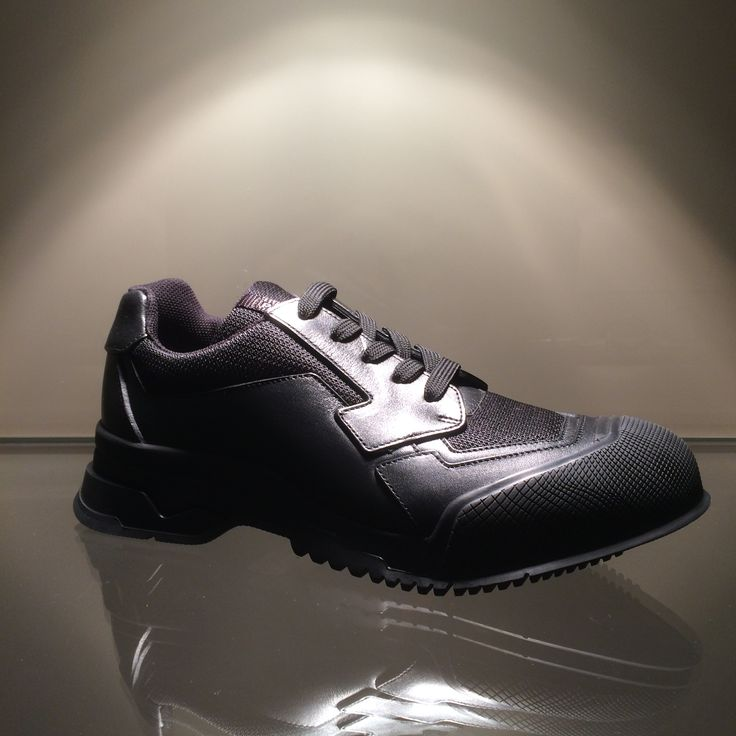 Sneaker by @Prada Linea Rossa #Prada #LineaRossa #sneaker #FolliFollie #FW14collection