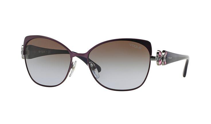 Descubre la colección de gafas de sol Vogue Eyewear con su variedad de monturas y colores.