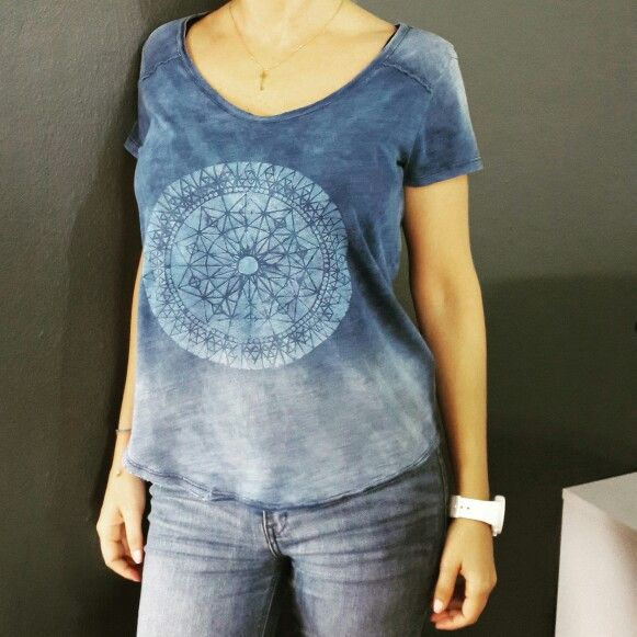 DIY re design your tshirts, be trendy and chic.