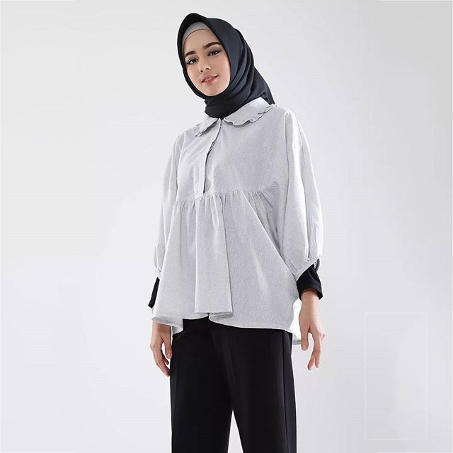 Casila Top . Available in Cream and Grey Blue . Get this effortlessly cute and comfy top at www.hijup.com or www.eclemix.com . Or kindly reach our admin contact at:  line@ : @eclemix  WA : 081326004010 . #eclemix #hijup #myhijup #fashion #hijab #beauty #top #localbrand #bandung #ootd #koreanstyle