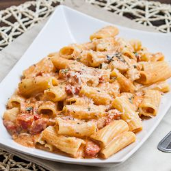 Rigatoni in Blush Sauce with Chicken and Bacon - delicious creamy and