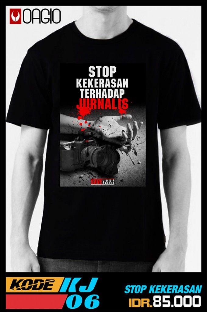 Kaos Distro Murah Bandung Online Untuk Para Jurnalis Kode OAGIO KJ6. Dengan desain yang bertema jurnalis menyasar pasar untuk para jurnalis Indonesia. Kaos distro ini terbuat dari katun combed 24s warna hitam. Tersedia ukuran M, L, XL. Kaos distro murah harga Rp 85.000 saja