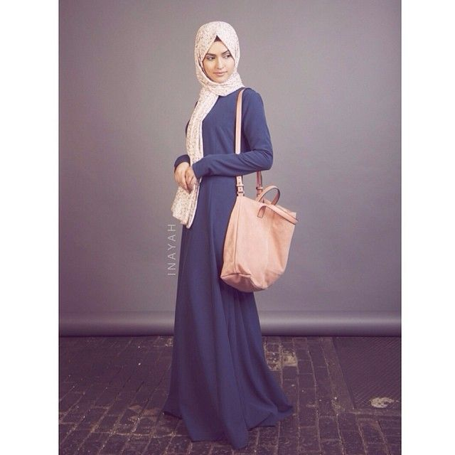 Navy Structured Abaya +Pink Leaf Hijab + Mink Jersey Hijab Cap    INAYAH www.inayahcollection.com #inayah#abayas#dresses