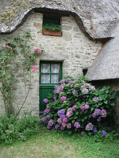 maison de granit typiquement Bretonne
