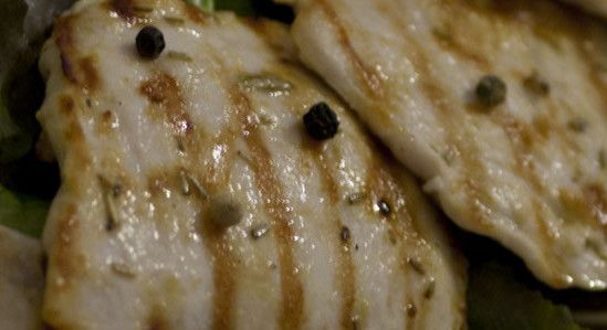 Pollo aromatico alla piastra