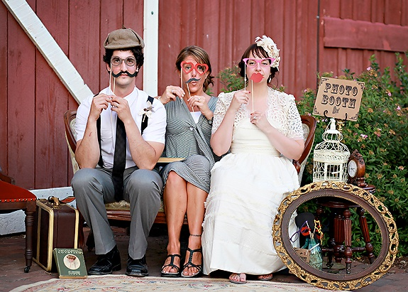 114 best photo booth ideas images on pinterest halloween party photo booth solutioingenieria Images