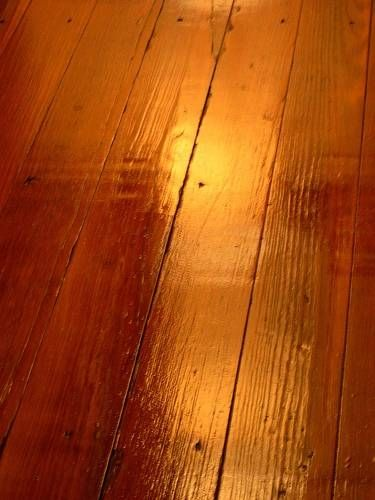 Good guide to refinishing hardwood floors without sanding. ~am