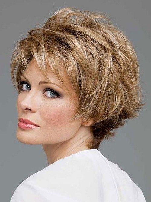 12 rövid frizura ötlet 50 év feletti nőknek