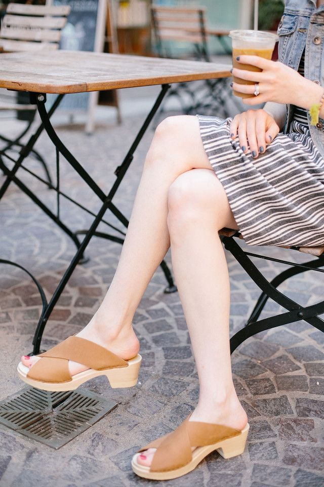 Sven clogs: The perfect sandals for late summer style | A Girl Named PJ http://agirlnamedpj.com/shopping-for-shoes-sven-clogs-giveaway/