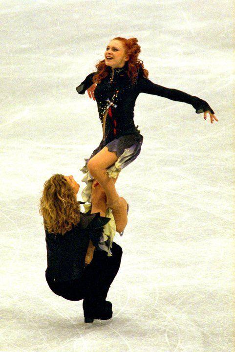 Marina Anissina & Gwendal Peizerat Champions olympiques Salt Lake city 2002 Champions du monde 2000 Champions d'Europe 2000, 2002 6 fois champions de France 1996 -> 2001 etc.. etc.. etc..
