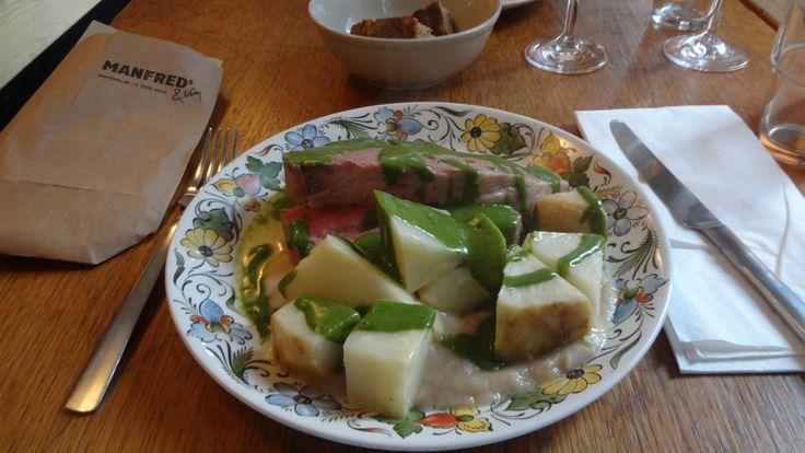 Manfred´s Kogt Oksebryst med Løvstikke sovs. Delicious lunch at Manfred´s