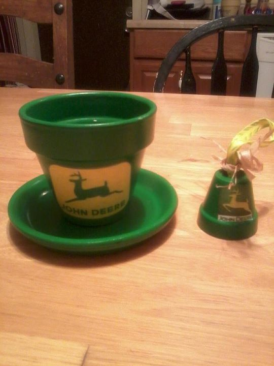 John Deere Flower Pots : Best john deere christmas images on pinterest tractor