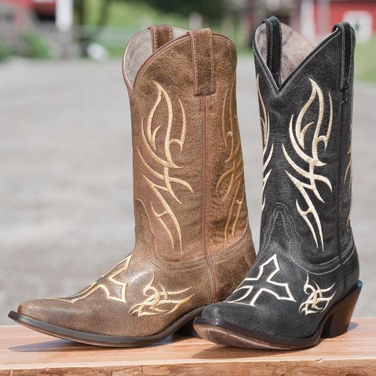I want those black boots soo bad!Style Boots, Boots Women, Fashion, Cowboy Boots, Black Boots, Boots Soo, Boots Scootin, Crosses Boots, Railings Crosses