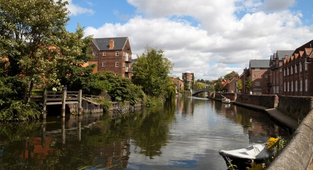 Make a dash to the river-crossed countryside of Norfolk this Easter – stay one restful night on the outskirts of Norwich and save 54%