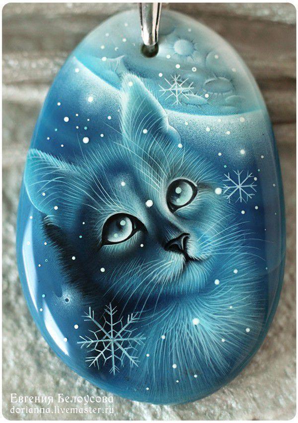 """Купить Кулон с росписью """"Первый снег-2"""" (кот,кошка, зима, лаковая миниатюра)"""