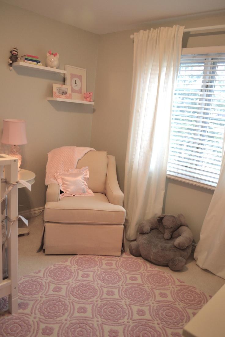 neutral girl nursery with pops of pink pb kids rug. Black Bedroom Furniture Sets. Home Design Ideas