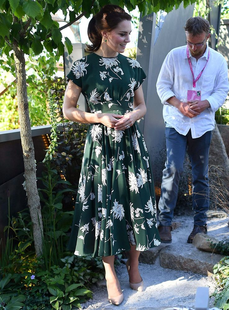 Kate Middleton Made This Dress Sell Out In The Blink Of An Eye+#refinery29