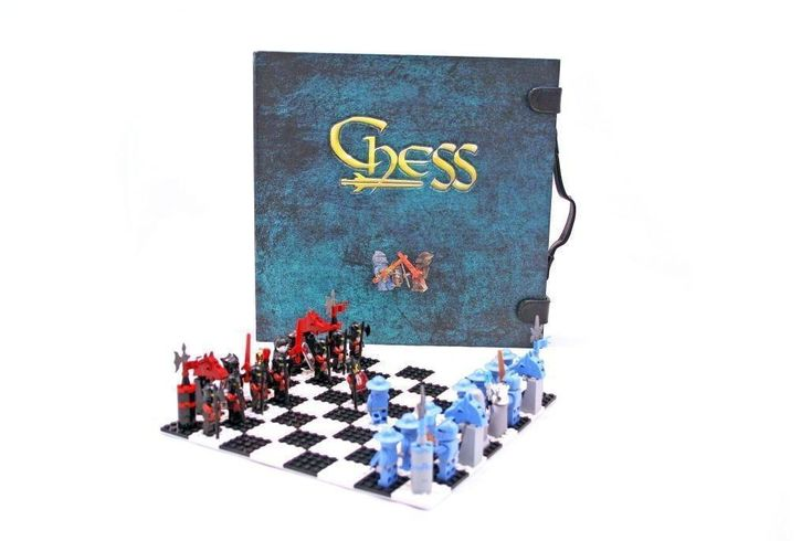 Lego Knights Kingdom Chess Set - Brand New!!