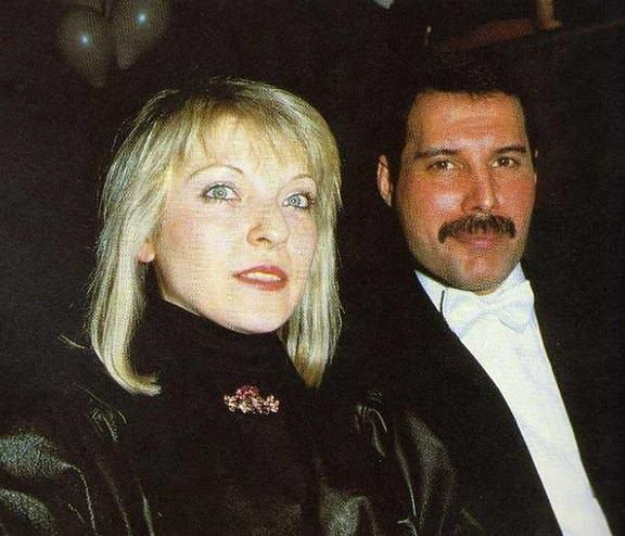 Mary Austin + Freddie Mercury