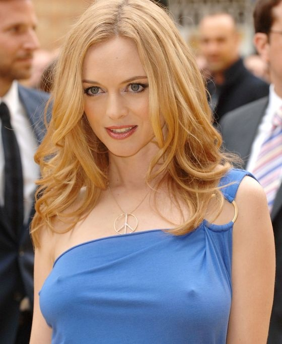Heather Graham Can't Resist The Lure Of Brazil's Beach As She Stays In Rio After Hangover Iii Tour