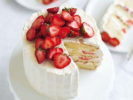 Sommartårta med jordgubbar och lime.. Summer cake with strawberries and lime