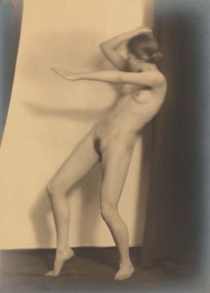GERMAINE KRULL 1897-1985  Berthe Krull, 1923.
