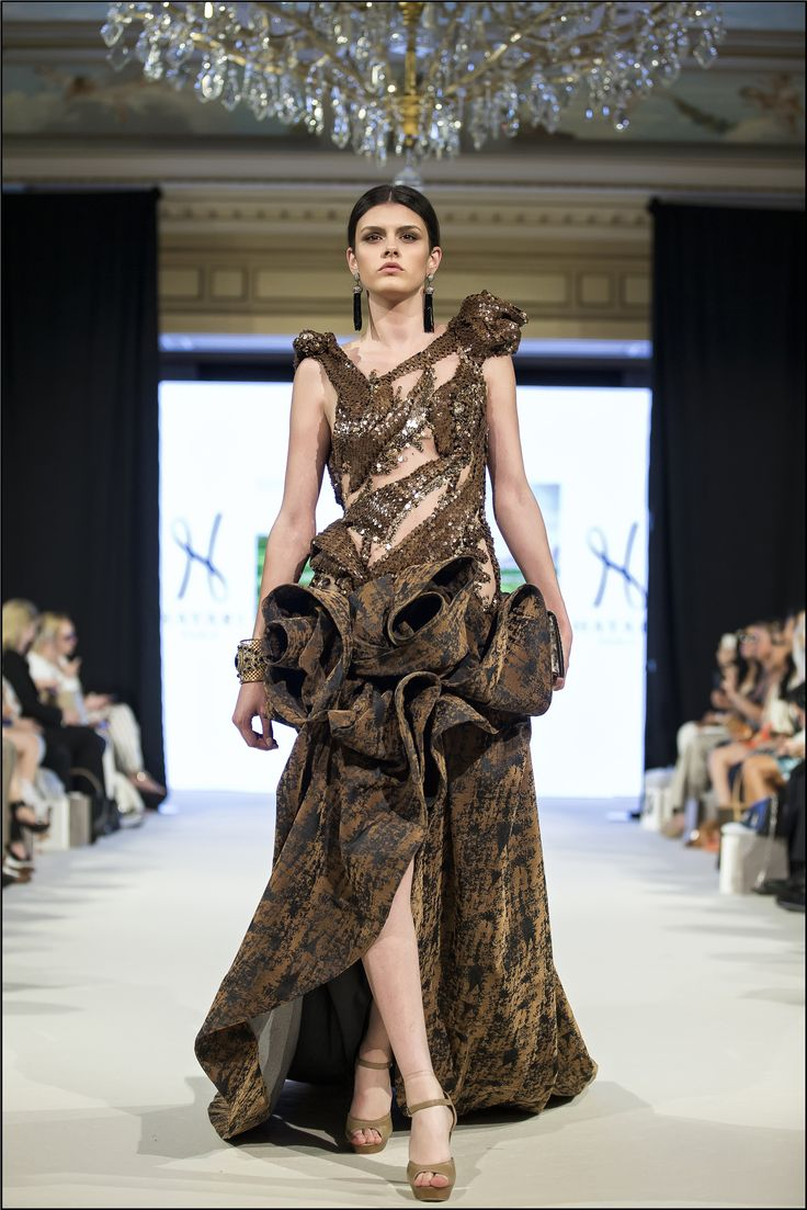 Hayari Paris AW 2016/17 fashion show at George V, Paris.  #hayariparis #robedesoirée #Dress #Hautecouture #Brown #Designer