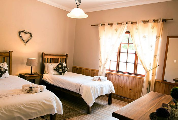 Herolds Bay Resort offers Accommodation Garden Route; 3-star-accredited, self-catering guesthouse, consisting of four private suites.