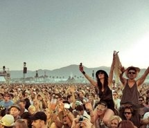 Inspiring picture crowd, drink, feelings, festival, freedom. Resolution: 500x363 px. Find the picture to your taste!: Festivals, Summer, Resolution, Festival Fashion, Inspiring Pictures, Skinnygirl Margarita, Picture Crowd