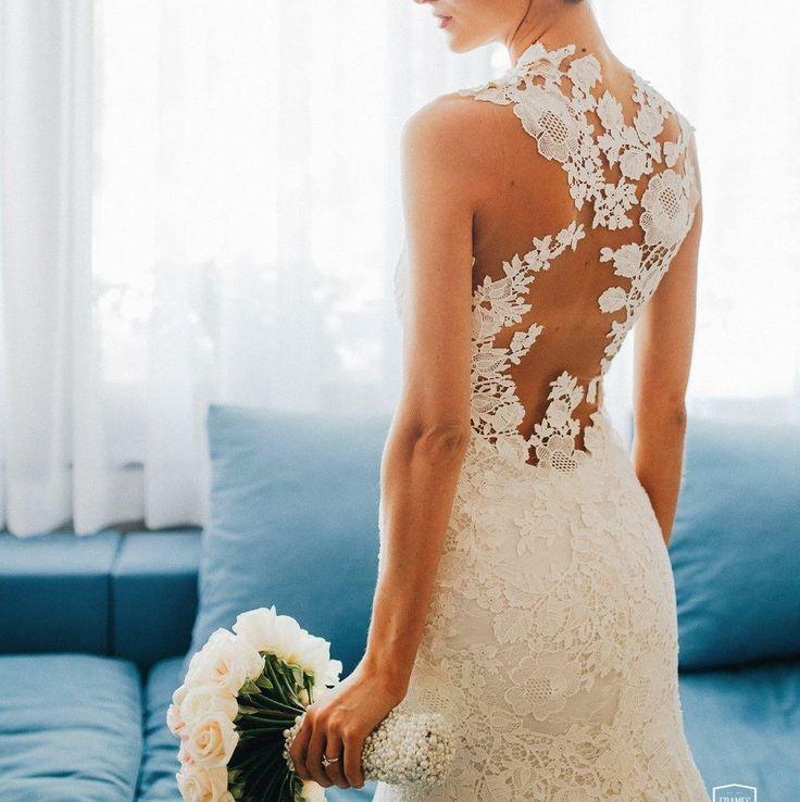Pronovias 'Carezza' size 0 used wedding dress - Nearly Newlywed