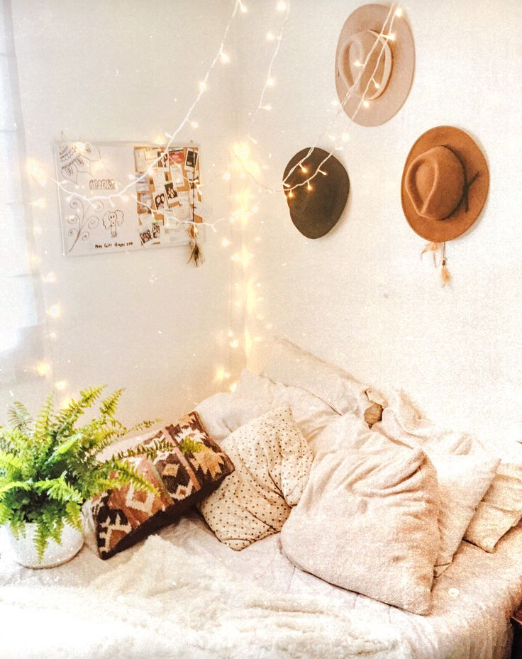 My space🍃✨ #rooms #room #homedecor #home #plants #lights #inspiration #inspo #diy #ideas #organization #interiors #bohemian #boho #blogger