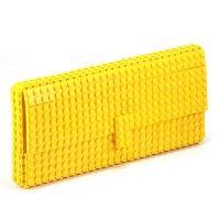 Żółta torebka kopertówka z klocków LEGO®, kopertówki
