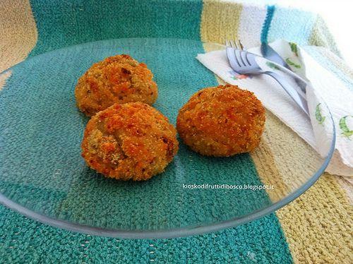Kiosko di frutti di bosco: Arancini di riso ai carciofi con cuore di emmental