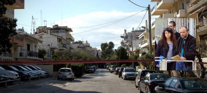 Τι βρήκε η Αντιτρομοκρατική στην γιάφκα της Ρούπα στην Ηλιούπολη: Πολεμικά τυφέκια πυροβόλα όπλα χειροβομβίδες