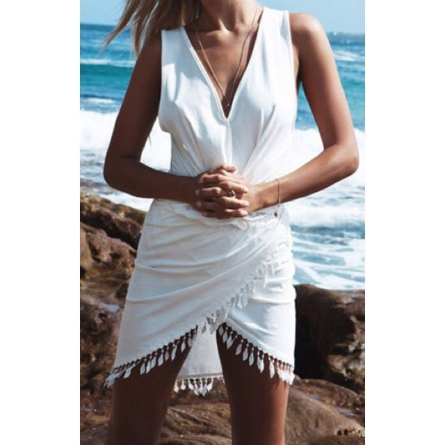 Camilla $46  Style: Beach Wear - Dress - Cover upColour: WhiteMaterial: PolyesterSKU: 10922115Measurements: Shoulder(cm) : S:36cm,M:38cm,L:40cm,XL:42cmBust(cm) : S:84cm,M:88cm,L:92cm,XL:96cmLength(cm) : S:89cm,M:90cm,L:91cm,XL:92cm