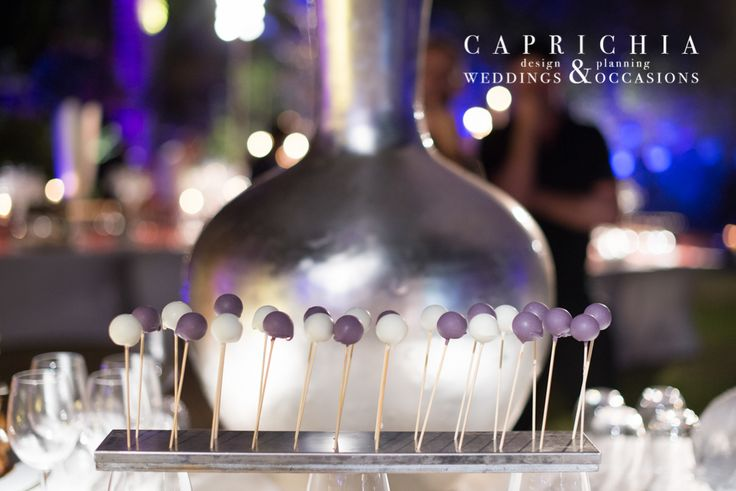 Piruletas de #chocolate. ----- Chocolate #Lollipops | Goyo #Catering (2014) Foto: @mireiagc Wedding Planner: @caprichia #boda #wedding