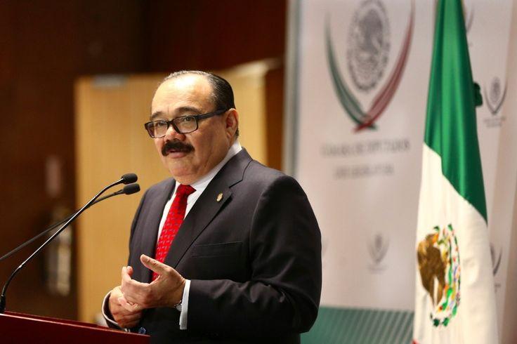 Los beneficios para los usuarios de las aerolíneas, firmes ante la ley, afirma Ramírez Marín