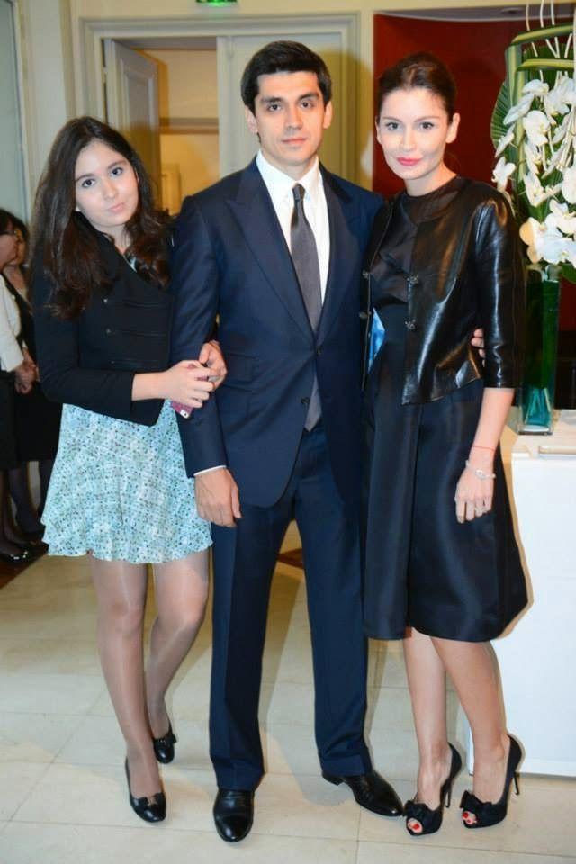 Timur Tillyaev, Lola Karimova et sa fille