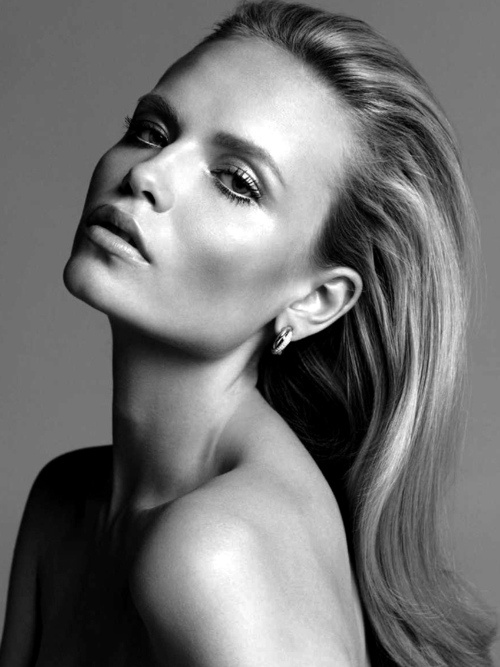 I love this headshot!   Model: Natasha Poly.