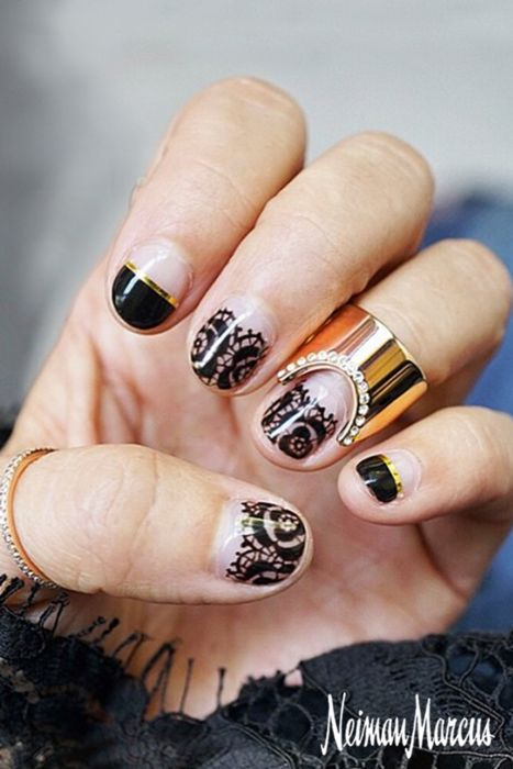 This nail and jewelry combo is a match made in heaven! Gorgeous hand painted nails by Ayumi Namaizawa are complimented perfectly by Vita Fede jewels. Absolute perfection. http://neimanmarc.us/hz98tf