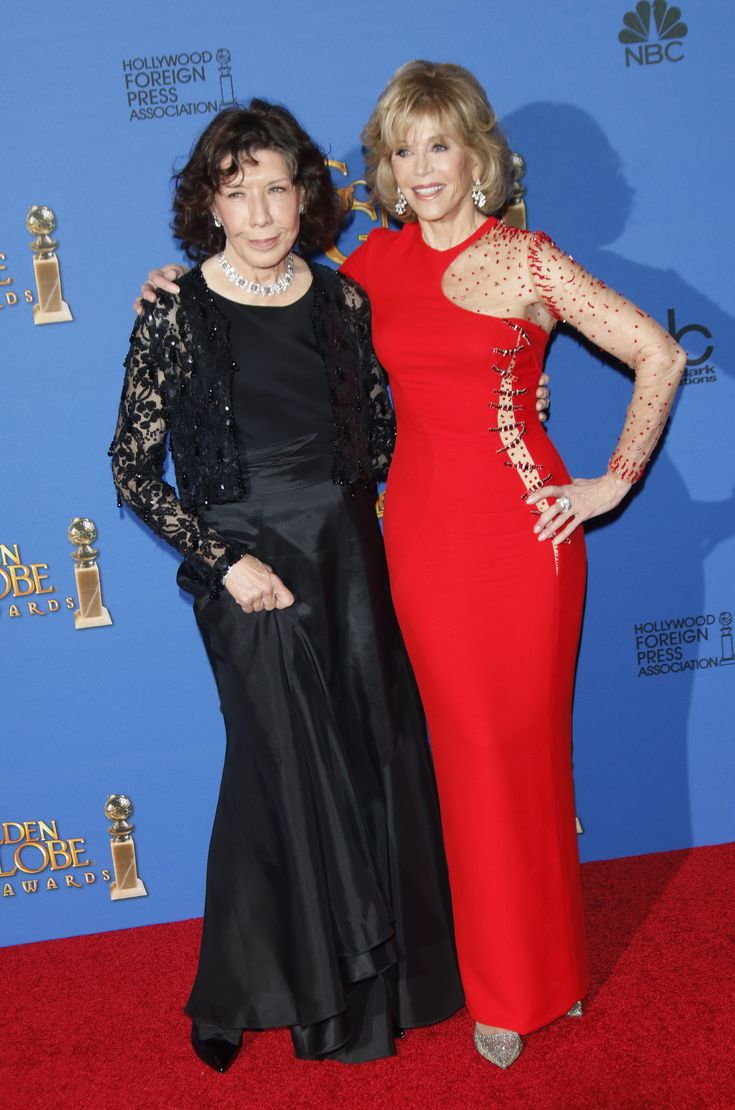 Jane Fonda at the 2015 Golden Globes in Versace with Lily Tomlin
