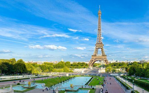 Paris-Eiffel-Tower (126 pieces)