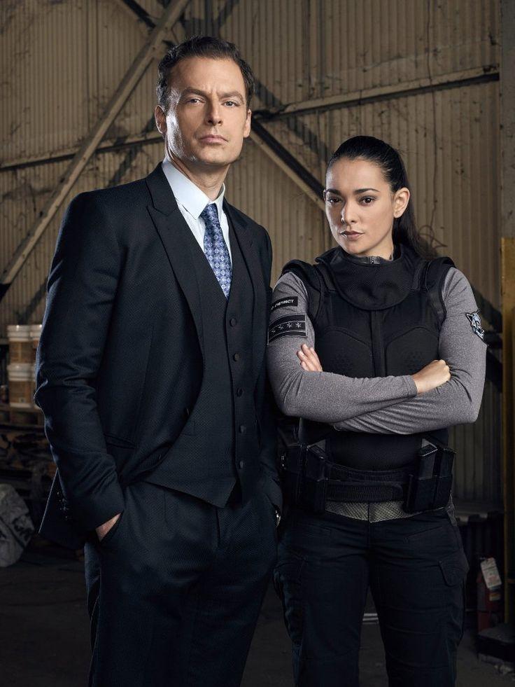 APB Series Justin Kirk and Natalie Martinez Image 4 (32)