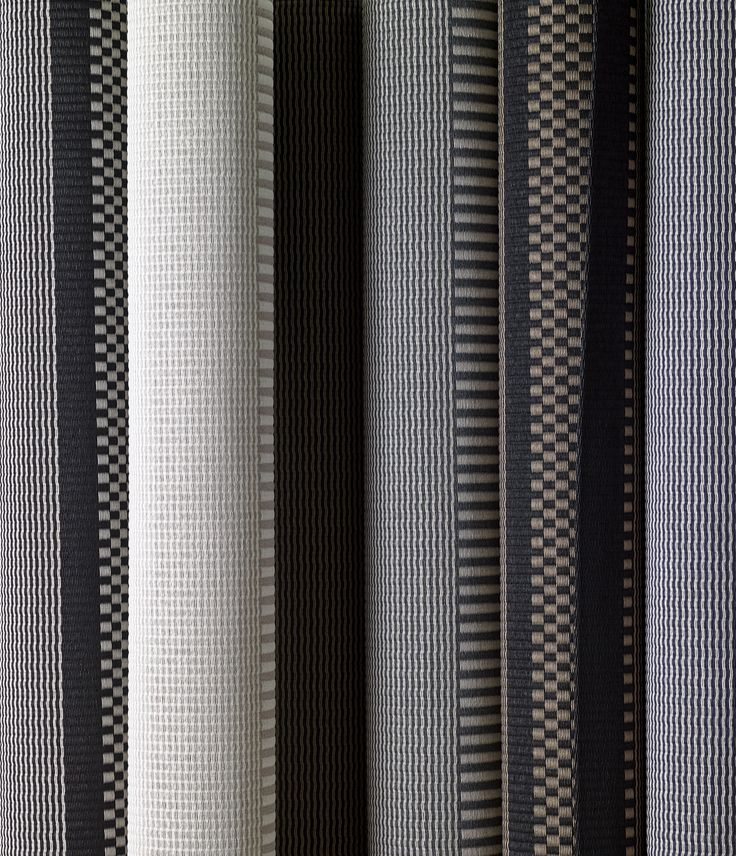 Woodnotes two-toned San Francisco paper yarn carpets . Novelties 2018. #carpet #rug #paperyarncarpet #matto #homedecor #interior #interiordesign #twotoned #modern #finnishdesign #design