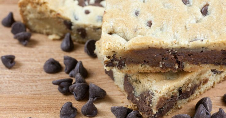 These Bars Are So Ooey-Gooey, Chocolate Chip Cookies Never Tasted This Good!!