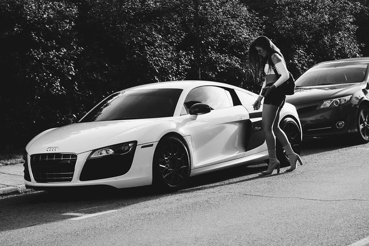 Today's prop an Audi R8 all thanks to the guy for letting us use his car!! . . ….