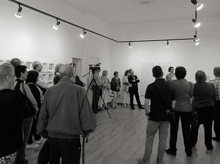 """Visita comentada a la expo """"Espais Buits"""" con la artista Goretty (Goretti Pomé)"""