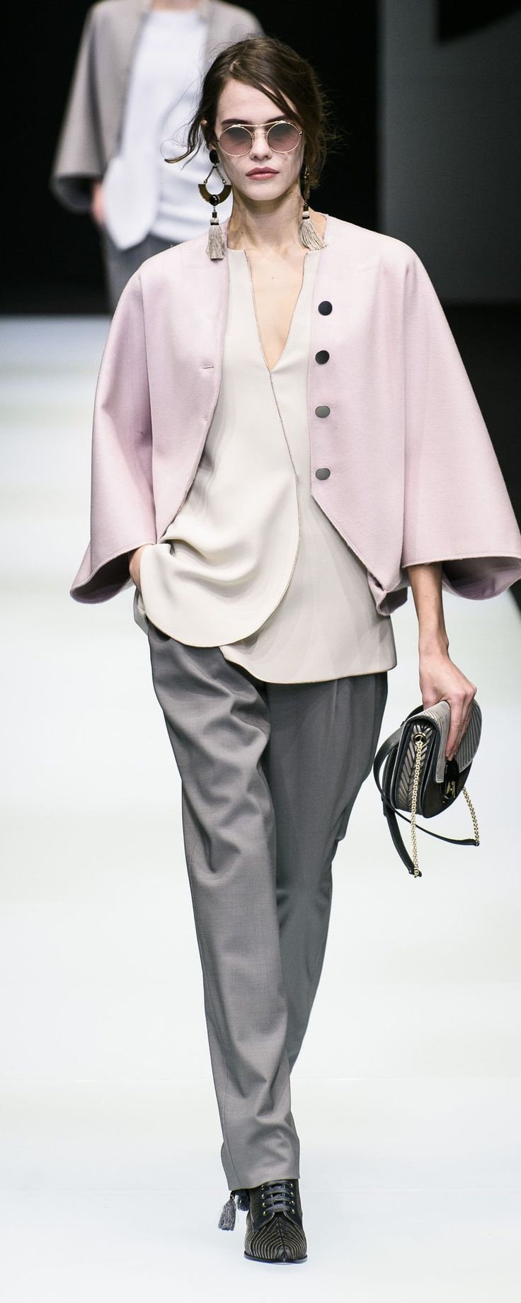 Giorgio Armani Fall-winter 2018-2019 - Ready-to-Wear - http://www.orientpalms.com/Giorgio-Armani-7151 - ©ImaxTree