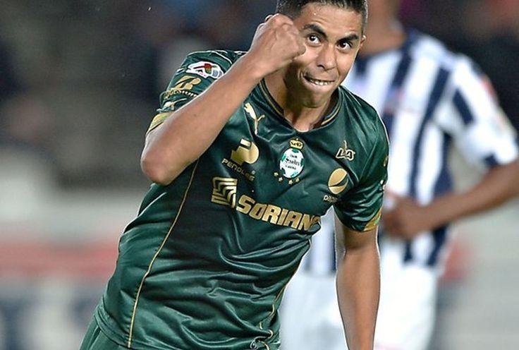 NÉSTOR CALDERÓN, NUEVO REFUERZO DE CHIVAS El 'Avión' se convirtió en refuerzo rojiblanco para el Apertura 2016. Néstor Calderón se une a fichajes de Chivas en Draft.