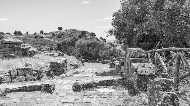 La vieille ville de Solonte est la seule en Sicile, dont la structure originale ait été maintenue.